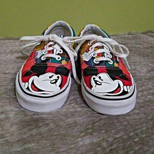 VANS rare Disney Mickey & Friends size 6